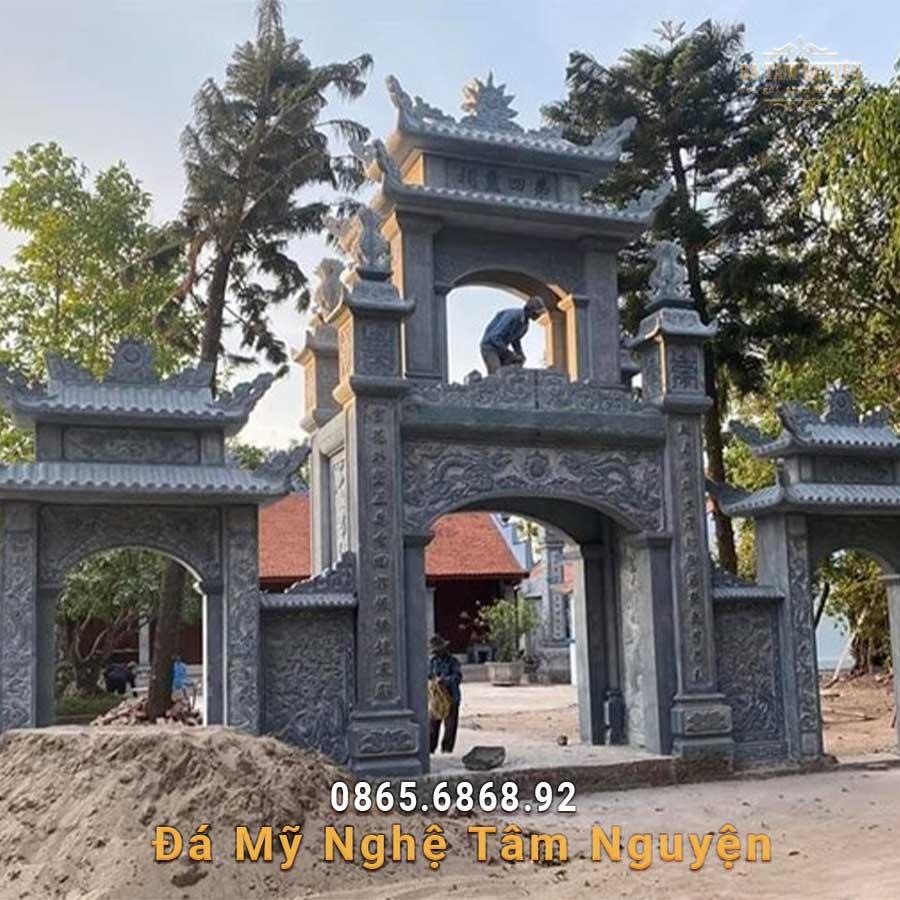 Cổng đá nhà thờ họ đẹp ở Nam Định